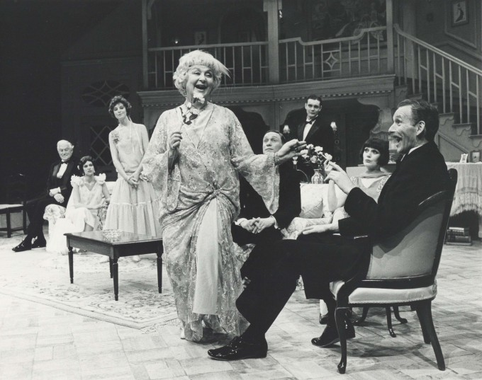 Production Photograph - Hay Fever - Googie Withers, Jan Francis, Christopher Godwin - Photographer Reg Wilson -   1988 - H20cm  W25.5cm