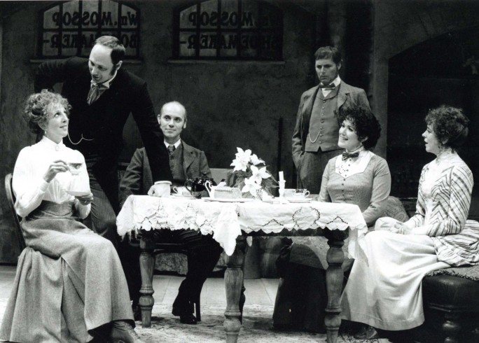 Production Photograph - Hobson's Choice  - Nichola McAuliffe, Simon Shaw, Graham Turner, Graham Pountney, Lisa Hollander, Diana Morrison -Photographer John Timbers - 1995 - H25xW20cm 1 of 2