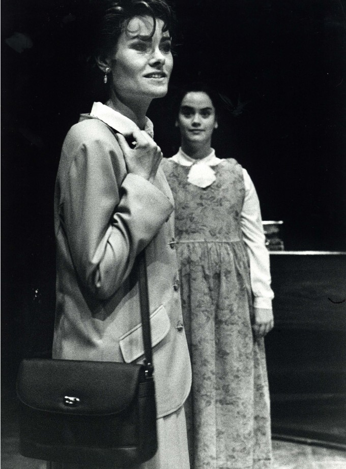 Production Photograph - It Could be Any One of Us - Juliet Mills - 1996 -  H30x40cm (1)