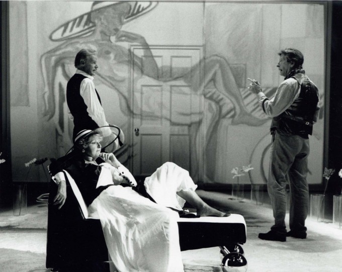 Production photograph - Monsieur Amilcar - Penelope Keith, Ben Aris, Keith Michell - Photographer John Timbers - 1995 - H25xW20cm - 1 of 2