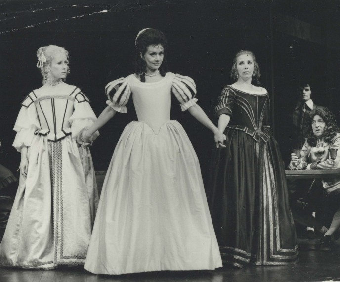 Production photograph - The Taming of the Shrew - Joan Plowright - photographer John Timbers - 1972 - H19.5xW24cm - 1 of 2
