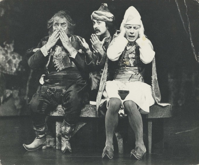 Production photograph - Twelfth Night - Bill Fraser, Tony Robinson, Andrew Sachs - Photographer Antony Crickmay -  1976 H20.5 x W24.5 1 of 2