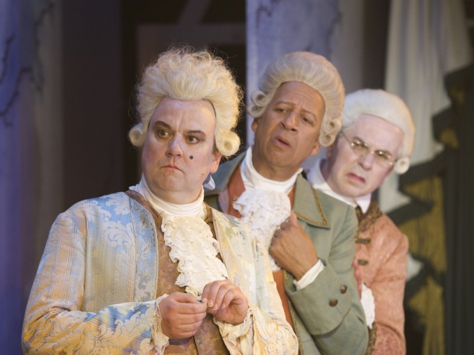 production-photograph-the-critic-richard-mccabe-derek-griffiths-nicholas-le-prevost-photographer-manuel-harlan-2010