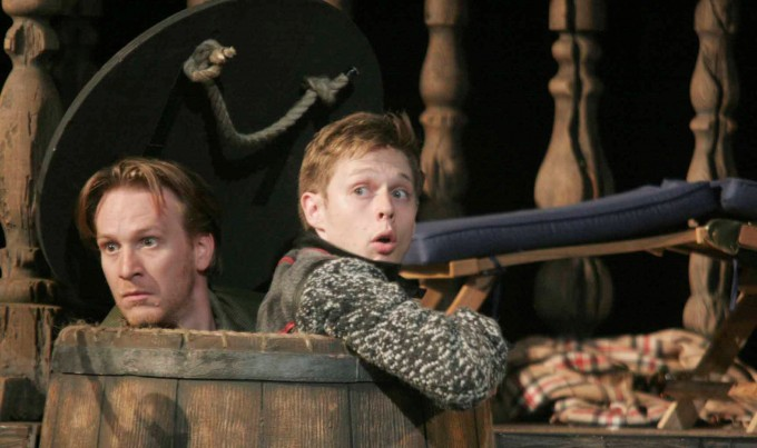Production photograph - Rosencrantz and Guildenstern Are Dead - Jamie Parker, Samuel Barnett - photographer unknown - 2011 (2)