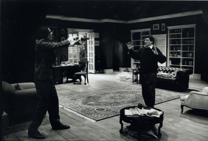 Production photograph - Simply Disconnected - Alan Bates - 1996 - Photographer Ivan Kyncl - H25xW20cm