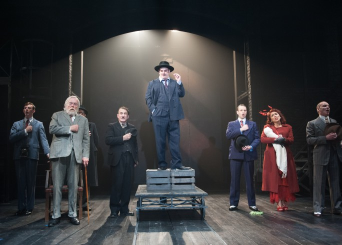 Production photograph - The Resistible Rise of Arturo Ui - Company - Photographer Manuel Harlan - 2012 - 2 of 3