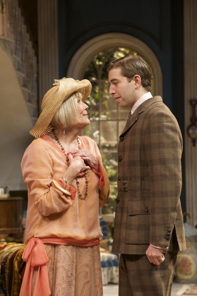 Production photograph - Hay Fever - Diana Rigg, Edward Bennett - Photographer Manuel Harlan - 2009