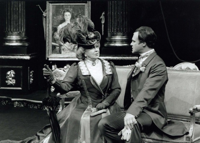 Production photograph - Lady Windemere's Fan - Googie Withers, David Rintoul - Photographer Ivan Kyncl - 1997 - H25xW20cm - 1 of 2