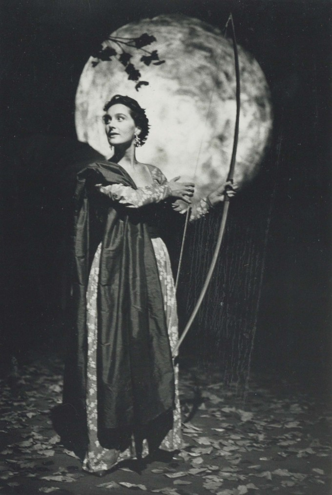 Production photograph - Love's Labour's Lost - Kate Duchene - Photographer unknown - 1989 - H20xW27.5cm