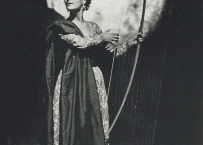 Production photograph - Love's Labour's Lost - Kate Duchene - Photographer unknown - 1989 - H20xW27.5cm