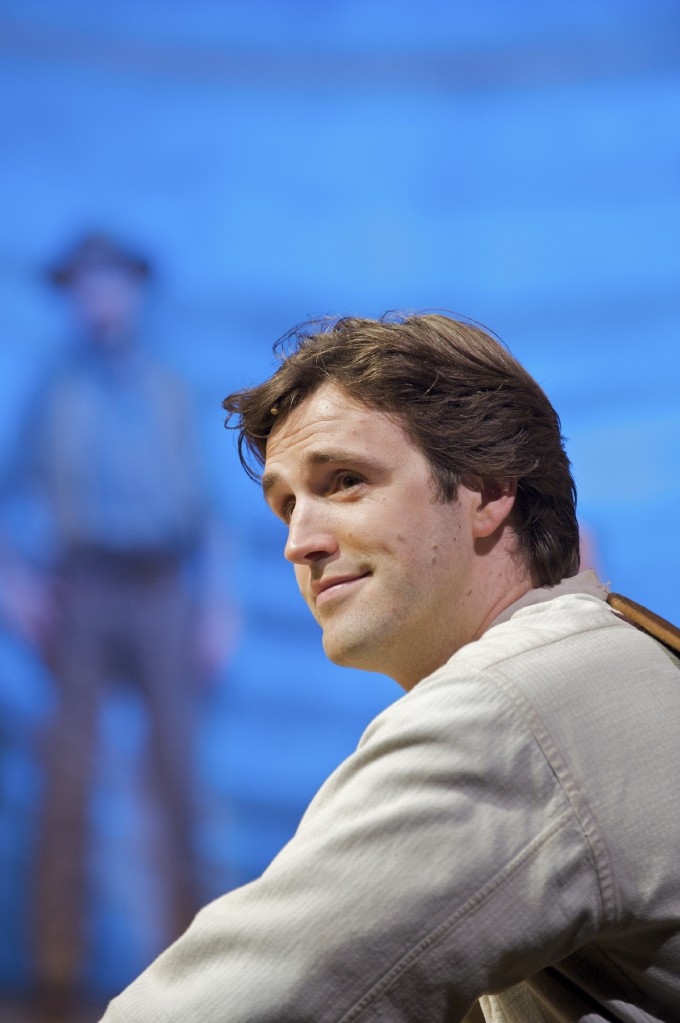 Production photograph - Oklahoma - Michael Xavier - Photographer Manuel Harlan - 2009 - PAR 1495 x 2250