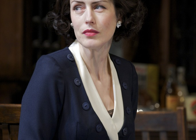 Production photograph - Separate Tables - Gina McKee - Photographer Manuel Harlan - 2009 (2)