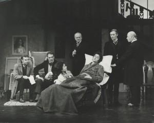 1972 The Doctors Dilemma Brian Poyser, Michael Aldridge, Joan Plowright, John Clements, Robin Phillips, John Neville, William Mervyn (photography by John Timbers)