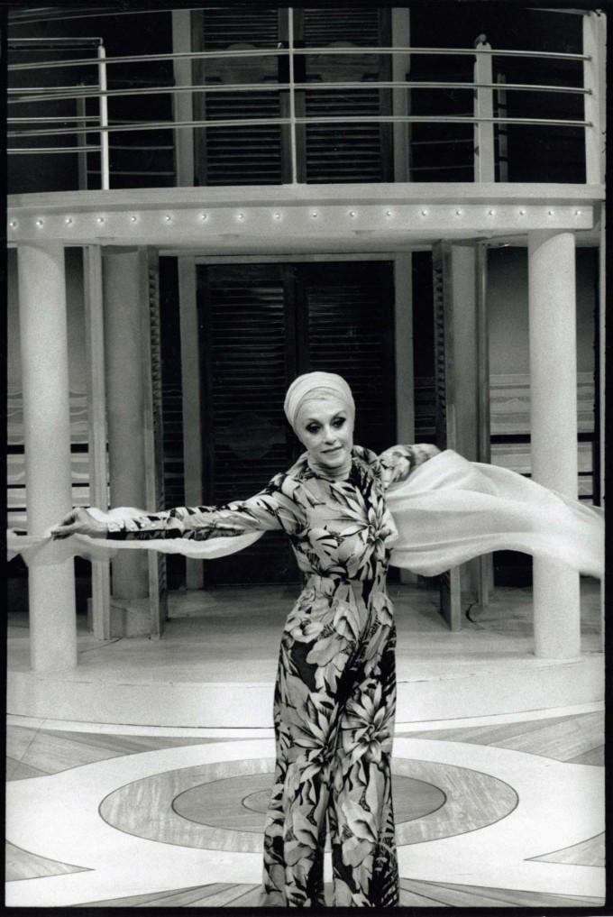 Production Photograph - Divorce Me Darling - Lilane Montevecchi - Photographer Ivan Kyncl - 1997 - H25xW20cm 1 of 2