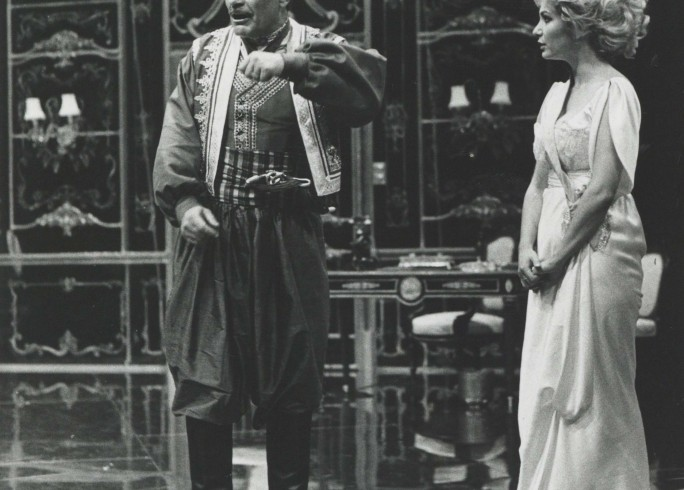 Production photograph - The Sleeping Prince - Omar Sharif, Debbie Arnold - Photographer Reg Wilson - 1983 H25.5 x W20.5 1 of 2