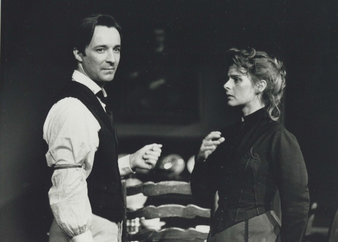 Production photograph - Therese Raquin - Neil Pearson, Joanne Pearce - Photographer Paul Carter - 1990 - H16xW21.5cm - 1 of 2
