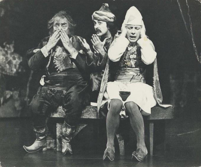 Production photograph - Twelfth Night - Bill Fraser, Tony Robinson, Andrew Sachs - Photographer Antony Crickmay -  1976 H20.5 x W24.5 1 of 2