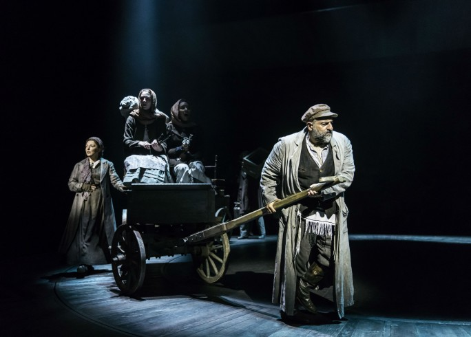 Production photograph - Fiddler on the Roof - Tracy-Ann Oberman, Omid Djalili, Company - Photographer Johan