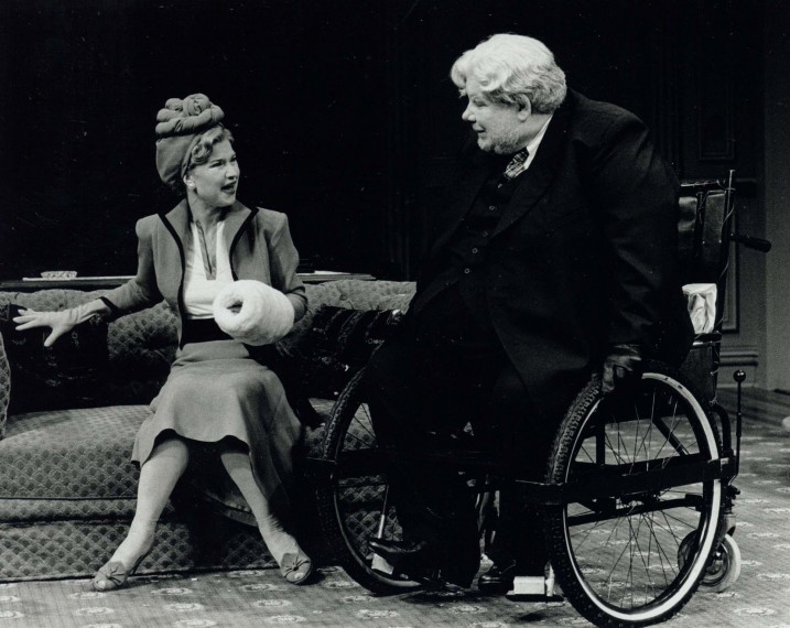 Production photograph - The Man Who Came to Dinner - Richard Griffiths - Photographer Clive Barda - 1999 - H25cmxW20cm - 1 of 2