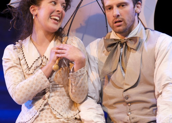 Production photograph - Oklahoma - Natalie Casey, Michael Rouse - Photographer Manuel Harlan - 2009 - PAR 1498 x 2250