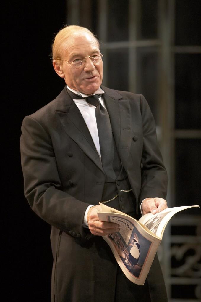 Production photograph - Twelfth Night - Patrick Stewart - Photographer Manuel Harlan - 2007 - 4 of 6